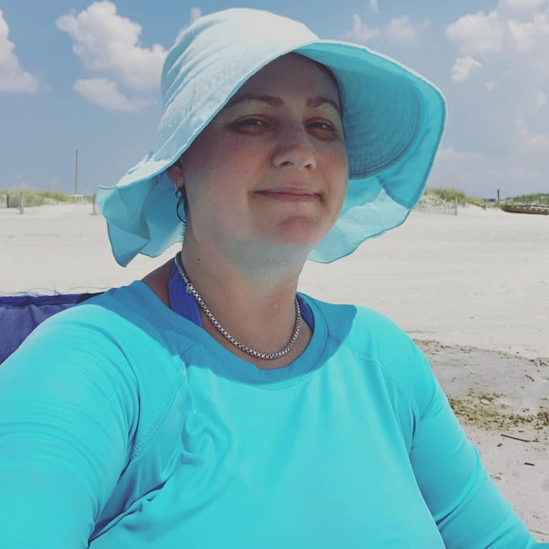 In this Sunday Update, we're back from vacation! Lots of beach, good food, reading, and family fun was had by all. I feel energized and ready for the rest of summer!