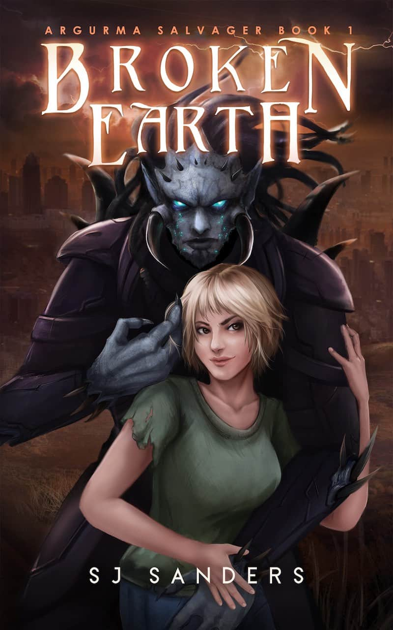"""It's the Summer of SFR, and S. J. Sanders is here to talk about her sci-fi romance, BROKEN EARTH. """"Veral'monushava'skahalur is an oddity among his species..."""""""